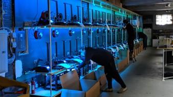 Tangible Creative (Newark, US) s'est associé à son concurrent MakerBot, de Brooklyn, et à l'université de Columbia pour créer une coalition, la Covid Makers Response